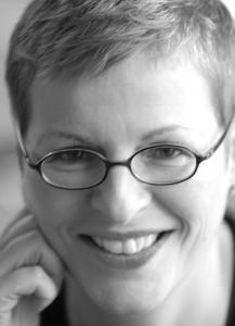 Autorin_Claudia_Herdt_Societaets-Verlag